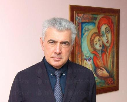 Акушер - гинеколог в София-Център - Доктор Пламен Димов
