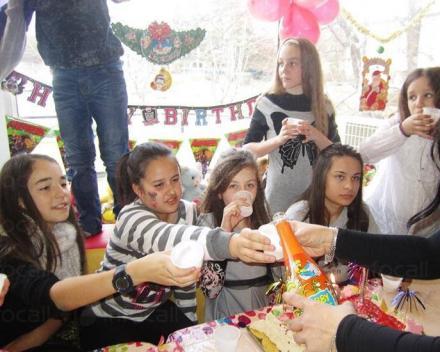 Детски парти център в град Велико Търново - Детски център Роси