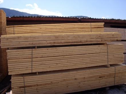 Добив на дърва и преработка на дървен материал Сърница - Дърводобив Сърница