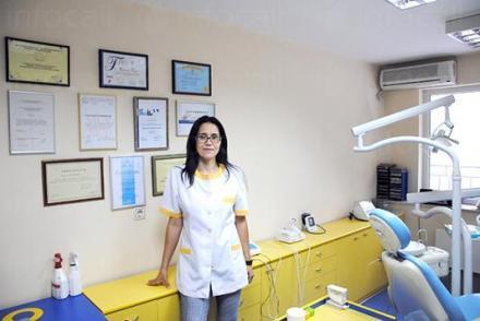 Екип към Дентален кабинет на Доц. д-р Мария Денчева, град София - Дентален кабинет на Доц д-р Мария Денчева