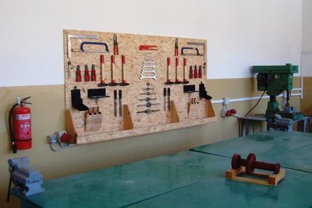 Гимназиално обучение по механика е електротехника Пирдоп - ПГМЕ Пирдоп