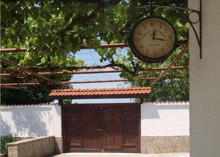 Грижи за възрастни хора в град Пловдив - Дом за стари хора Анима Хелп