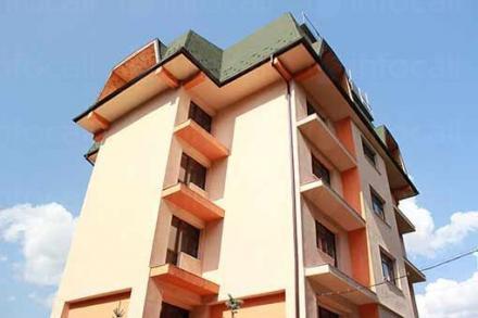 Хотелски комплекс в Разлог - Предел