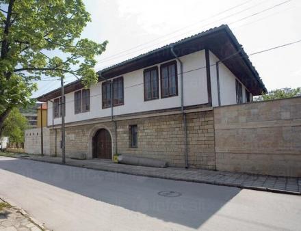 Исторически музей и Художествена галерия - Исторически музей Провадия