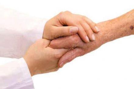 Комунално-битово обслужване на възрастни хора в Казанлък - ДВХ с деменция Д. Папазов