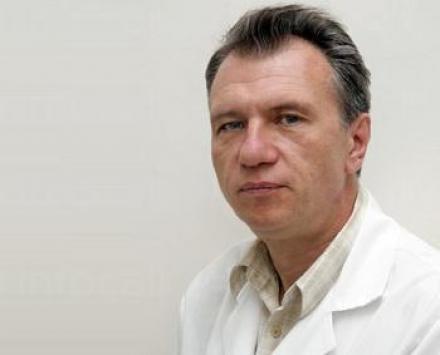 Лечение на мозъчно съдови заболявания в София - Доц доктор Румен Попов