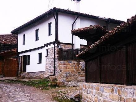 Почивка в планината в град Елена - Хаджи Мецовата къща