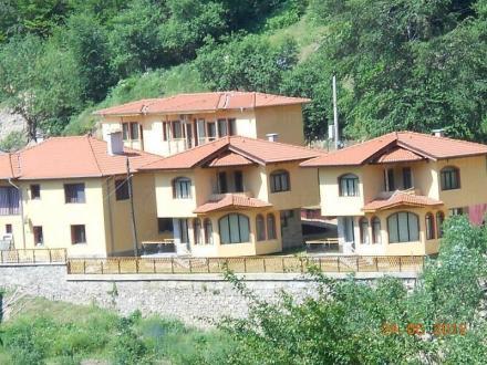 Селски туризъм в област Смолян - Ботевите къщи