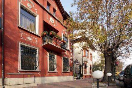 Сграда на Ресторант Българи - Ресторант Българи