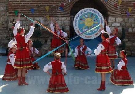 Школи и курсове за деца в Несебър - Бургас - ОДК Несебър