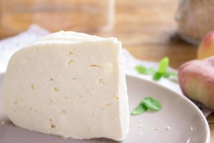 Търговия млечни продукти Аксаково - Иван Борисов Иванов ЗП