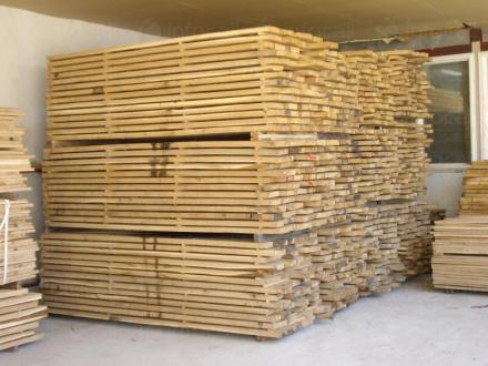 Търговия с дървен материал в Русе - Ивел 10