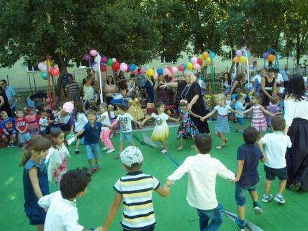 Възпитание деца в Бургас-Славейков - ДГ 5 Иглика Бургас