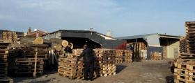 Склад за изкупуване на палети във Варна