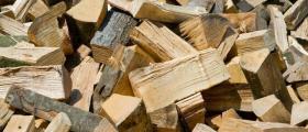 Дърва за огрев и битови нужди в Сандански