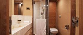 Душ кабини и паравани по индивидуален размер в Пловдив