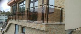 Парапет за тераси със стъкло и струни в Пловдив - Алу Груп