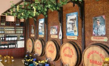 Бели и червени вина в Поморие-Бургас