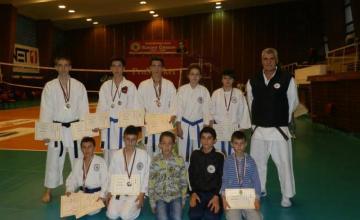 Карате - Спортно училище гр. Сандански