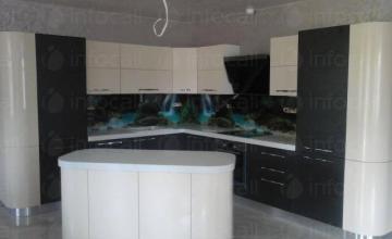 Огънати кухни по поръчка в Пловдив