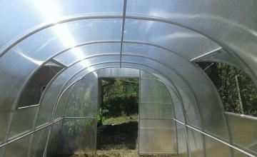 Оранжерии с покритие 3 м. от поликарбонат в Нови Искър - Парник БГ ООД