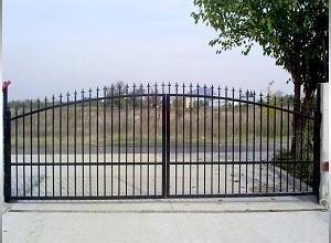 Портални врати в Пловдив