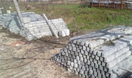 Бетонови колове в Калояново-Пловдив - Боряна-Любен Барбанакови ЕТ