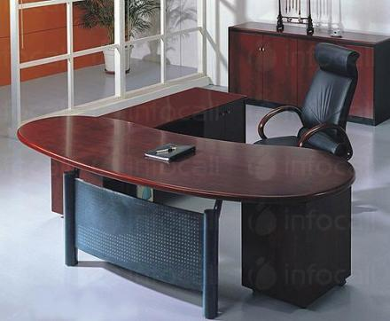 Офис мебели по поръчка в Габрово - Каприз мебел