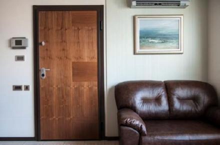 Пожароустойчиви и метални врати във Варна - Интериорни врати Варна