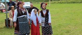 Детска група за обичаи Лаленце в област Габрово