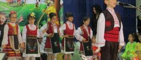 Фолклорна група за автентично пеене Китка в Чавдар-София