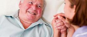 Грижи за възрастни хора с деменция в Пловдив