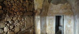 Храм в могила Хелвеция
