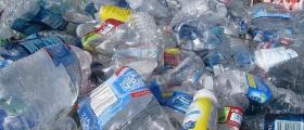 Изкупуване хартия и пластмаса във Варна