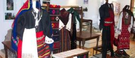 Изложба на традиционно местно облекло