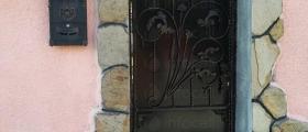 Изработка на врати в Казанлък