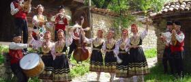 Женска фолклорна група в община Сливо поле
