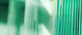 Кантиране и лепене на плоски стъкла в Бургас