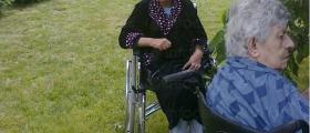 Настаняване на възрастни и болни хора в община Костинброд