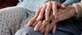 Настаняване в дом за стари хора в община Опака
