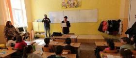 Обучение на ученици във Варна-Одесос