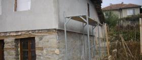 Полагане топлоизолация във Велико Търново