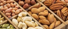 Продажба пресни сурови ядки във Варна-Център - Ядки и кафе