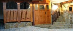 Производство на градински мебели от масивна дървесина в Трявна
