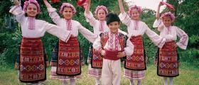 Школа за народни танци в Новград
