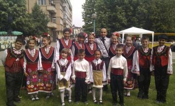 Детски танцов състав Мегданче