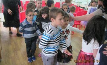 Грижи за деца в община Раковски