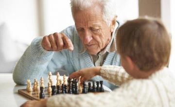 Грижи за възрастни хора в Кула