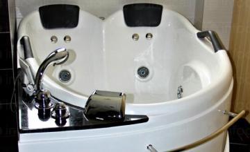 Хидромасажна вана в Родопите Рудозем - Семеен хотел Кичика