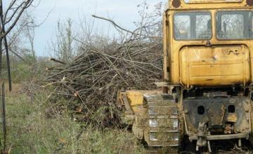 Изкореняване на лозя и овощни градини в Ловеч - Вини 99 ЕООД